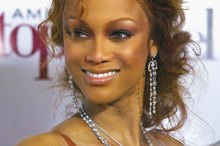 Tyra Banks defends her plastic surgery in a bold way