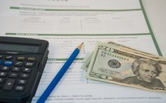 How Do I Calculate Amortized Loans With a Financial Calculator?