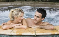 How to Get Rid of Mildew Smell on Hot Tub Cover