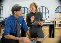 ¿Cuáles son las funciones de una secretaria como asistente de un gerente?