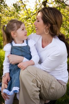 Some single parents can obtain Social Security benefits to help with the financial necessities of raising children.