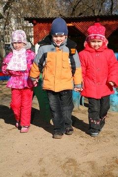 Kindergarten children need a memorable graduation ceremony for future reference.