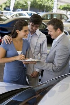 Send a letter of complaint if the auto dealership does not meet your service expectations.