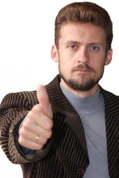 Gesturing enhances a speech presentation.