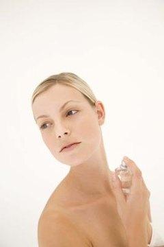 Perfume, a social artifact, influences human nonverbal behavior.