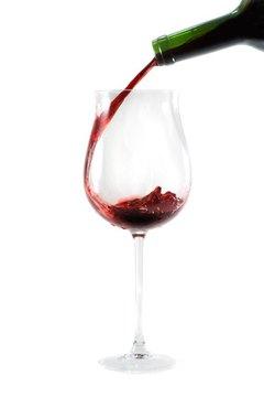 Job Description for a Wine Steward | Career Trend