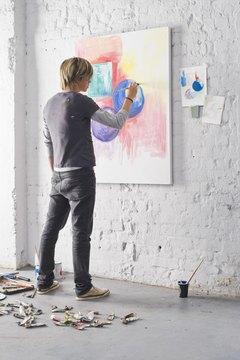 Middle grade art standards focus on application of art elements and design principles.
