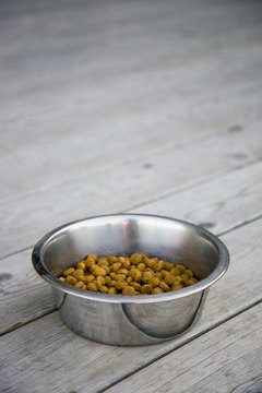 Homemade crunchy dog food is easy and inexpensive to make.