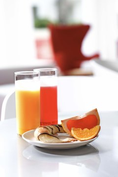 Grapefruit juice is one substitute for orange juice.