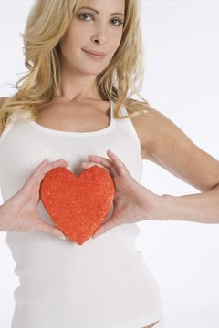 You can protect your heart by eating foods that promote blood flow and prevent damange to your arteries.