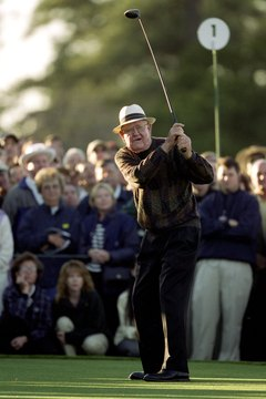 Many believe that Byron Nelson, shown here at the 2000 Masters, had the most consistent swing in golf history.