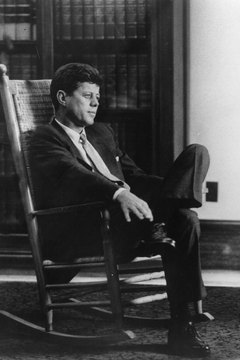 In 1961, President Kennedy signed the law creating the Peace Corps.