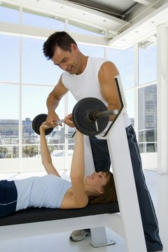 Build strong muscles with a bench press routine.