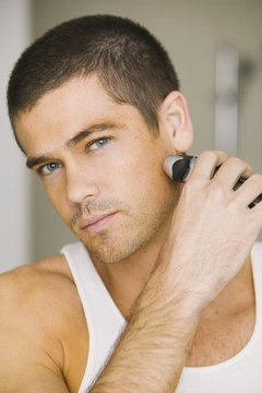 For optimum results, use an electric razor on dry skin.