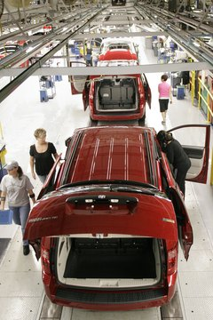 New Chrysler CEO Tours Windsor Manufacturing Plant