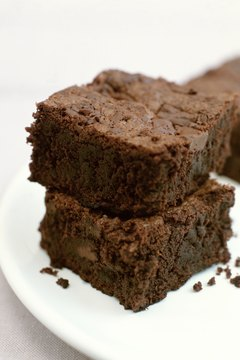 Some bakers add crunchy chia seed to gluten-free brownies.