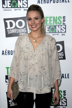 Actress Kristen Bell rocks a blouse with pintuck adornment at a Hollywood  event in 2012.