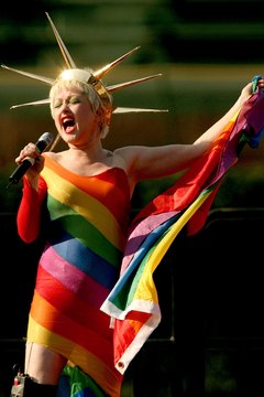 Lauper is a rainbow at a 2006 Chicago event.
