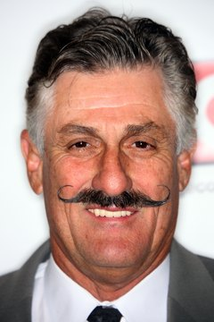 Rollie Fingers wore a handlebar mustache with curled ends.