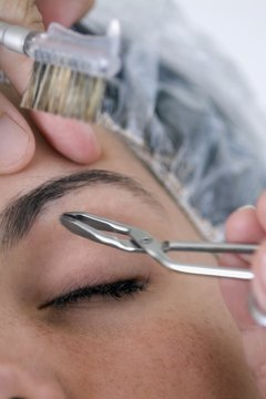 Certified laser technicians work in spas, salons and health centers.