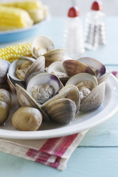 Clams top the list of iron-rich foods.