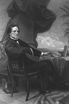 As a West Point graduate, many considered Confederate president Jefferson Davis more qualified than U.S. president Abraham Lincoln.