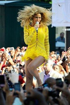 Beyonce rocks voluminous curls at ABC's 'Good Morning America' in New York City.