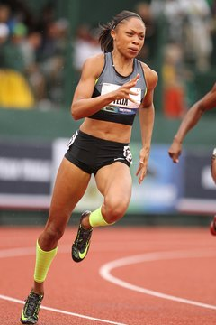 Allyson Felix's training routine gained her Olympic gold in the 200 meters.