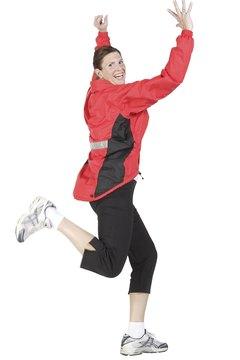 Dynamic quadricep warm ups involve heart pumping, sweat breaking movements.