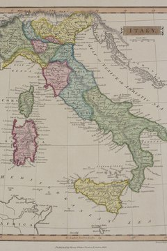 The 19th century society Young Italy promoted unification of Italian city-states.