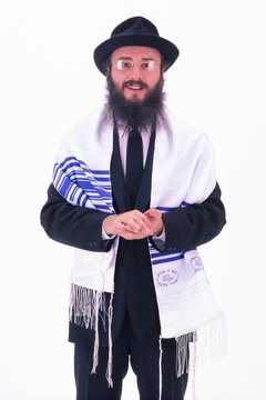 A rabbi wearing a tallith.