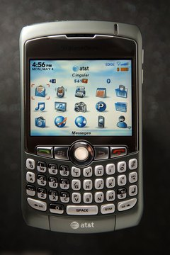 Soft resets work only with BlackBerries that have keypads, such as the Curve.