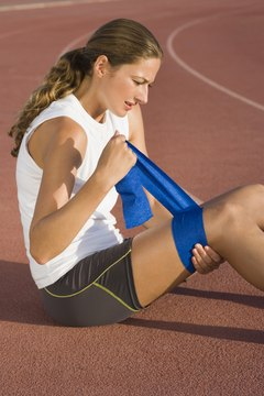 Athletic tape can compress muscles to improve pain symptoms while running.