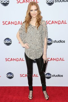 Actress Darby Stanchfield rocks dark leggings at the Leonard H. Goldenson Theatre in Hollywood in 2013.