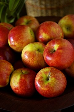 Conventionally grown apples have high levels of pesticide residue.