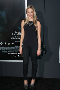 Actress Katrina Bowden rocks black jeans with a simple black tank and heels.