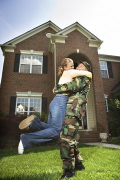 How Much Money Do You Get to Buy a House in the Army? - Budgeting Money