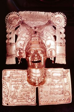 Mictlantecuhtli, god of the underworld, portrayed by an Aztec artist.