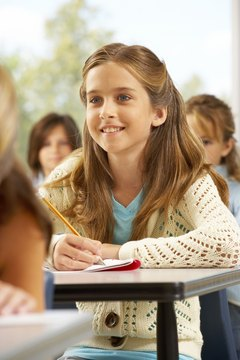 Learning how to take notes can help a middle school student study.