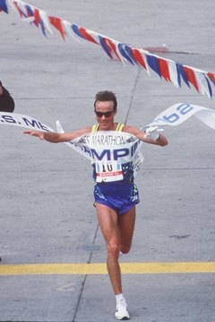 Pacer Paul Pilkington won the L.A. Marathon in 1994.