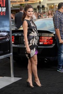 "Selena Gomez expertly balances in stiletto heels at the LA premiere of ""Getaway."""