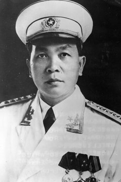 Gen. Vo Nguyen Giap led Vietnamese troops against France and the United States.
