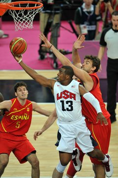 Point guard Chris Paul attacks the rim at the 2012 Olympics.