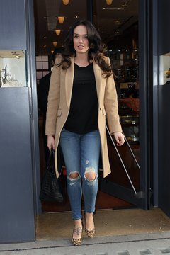 British socialite Tamara Ecclestone knows frayed denim never goes out of style.