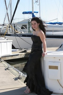 Donate gently used prom gowns to Massachusetts charities.