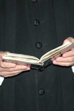A missal frees the minister's hands.