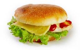 El análisis del sector de las comidas rápidas revela cómo perciben los consumidores el desempeño de un restaurante en relación a sus competidores.