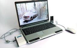 Si compras una computadora portátil para hacer funcionar tu negocio, puedes deducir la compra como un gasto de negocio.
