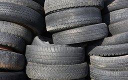 Cada año, EE.UU. desecha más de 270 millones de neumáticos.