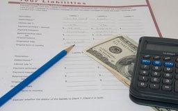 La gerencia afirma que los estados financieros están completos y presentados con precisión.